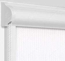 Рулонные кассетные шторы УНИ - Севилья белый блэкаут на пластиковые окна